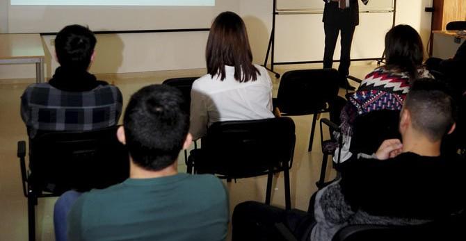 Los alumnos de la EUP de Serantes toman contacto con la realidad del mercado laboral
